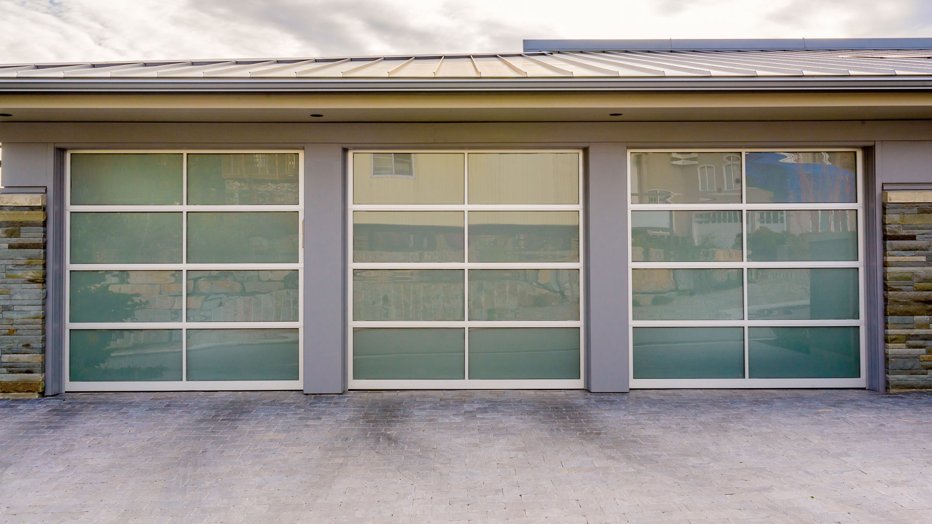 Repair Your Broken Garage Door Right Away